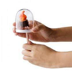 Talk bubble magnet