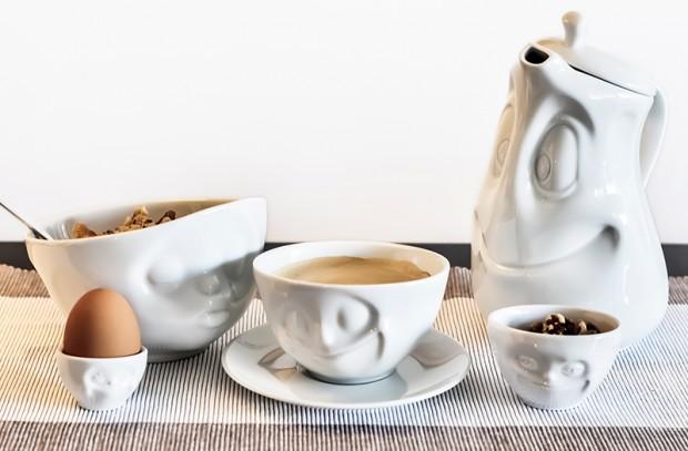 Desayuno con el juego de tassen