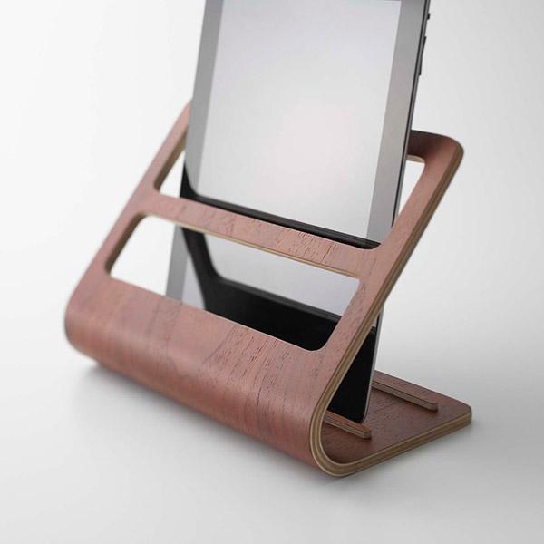 tablet-rack-dark-4